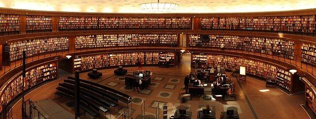 kulatá knihovna
