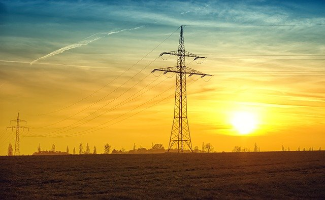 soumrak za elektrickým vedením